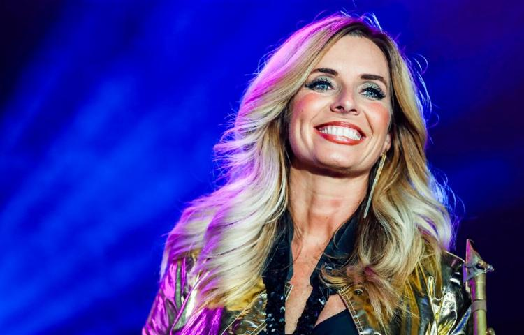 Candy Dulfer herdenkt Prince