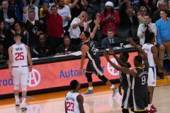 Curry leidt Warriors langs Clippers