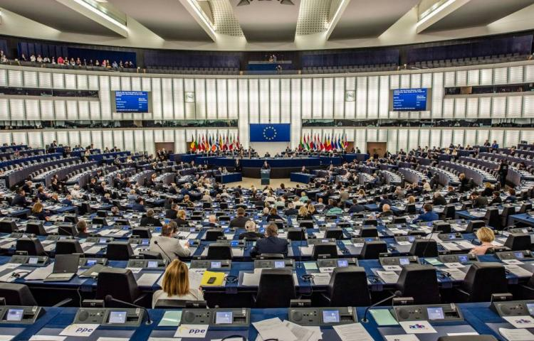Europees Parlement krimpt in