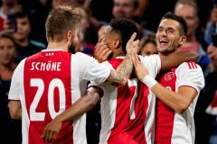 Ajax naar play-offs van Champions League
