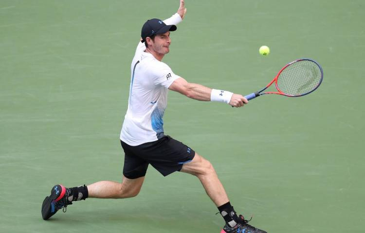 Murray wint in Shenzhen na opgave
